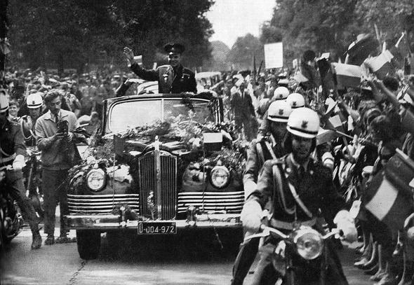 יורי גגארין במצעד בוורשה