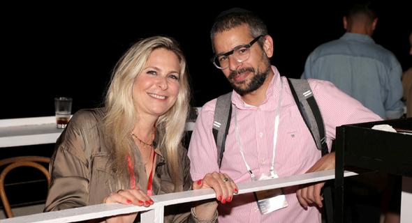 מימין יוני לוקסנבורג מאלמנטור וסיון שמרי דהן מקומרה , צילום: אוראל כהן