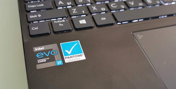 אסוס זנבוק UX393 מחשבים לפטופ ניידים, צילום: רפאל קאהאן