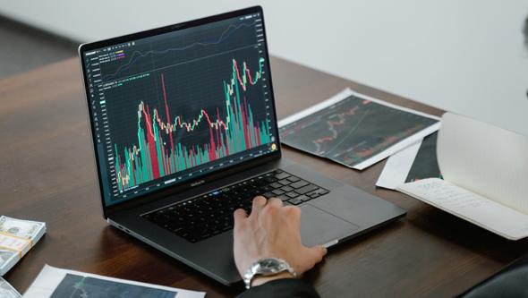 מסחר בבורסה, צילום: pexels