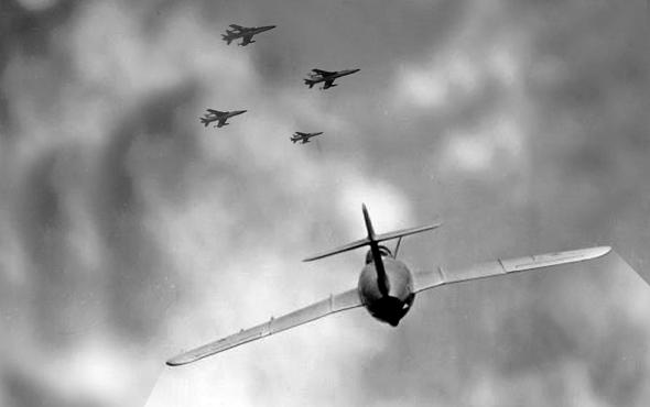 מיג 17 וייטנאמי מתקרב למבנה מפציצים (אילוסטרציה)