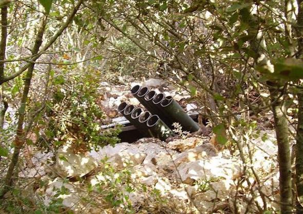 בור שיגור של חיזבאללה שאותר בלבנון; הבורות של חמאס דומים