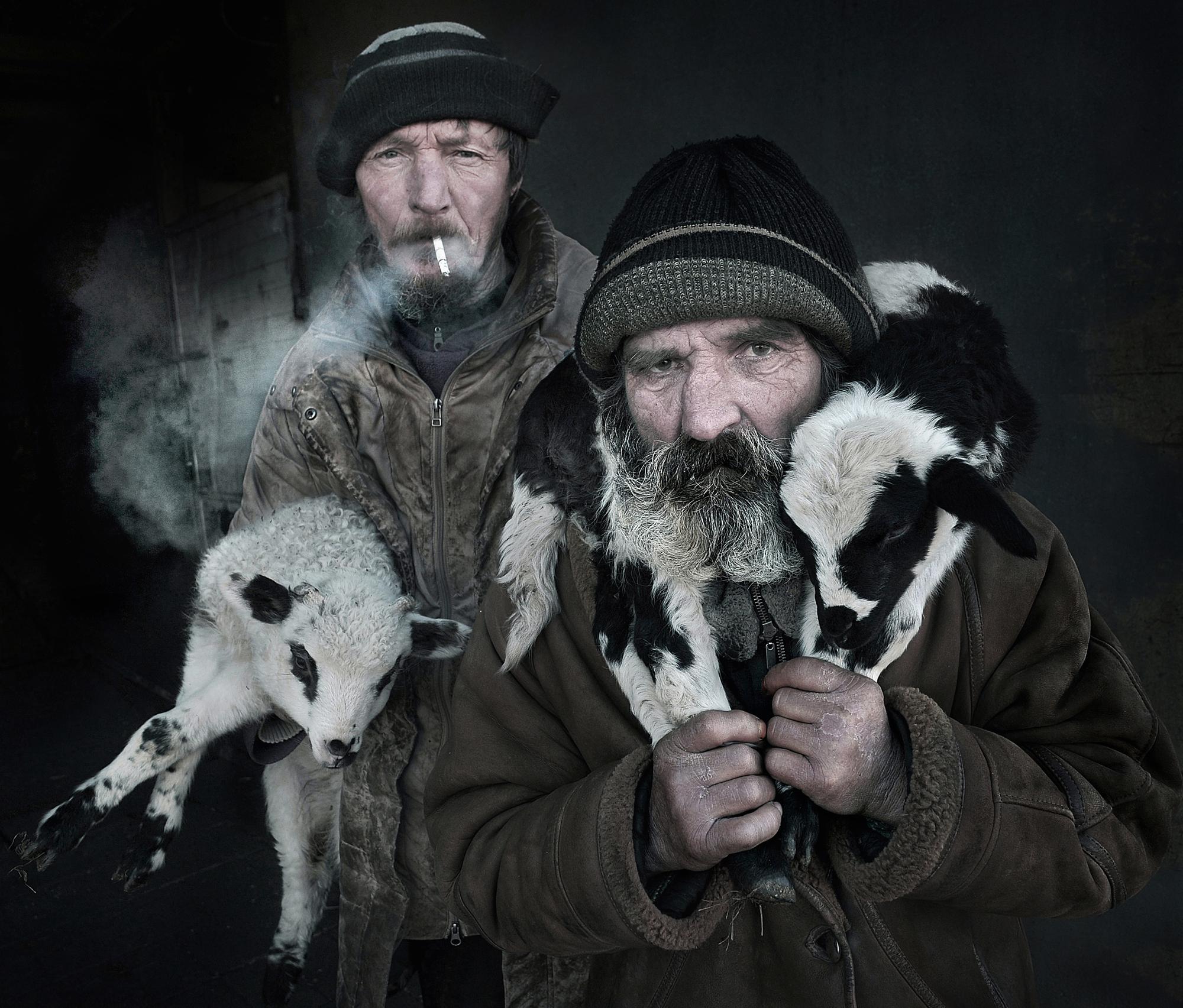 צילום: ISTVAN KEREKES - All About Photo AAP Magazine 17 PORTRAIT