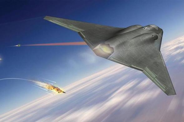 מטוס קרב מתקדם מפעיל לייזר נגד טילים