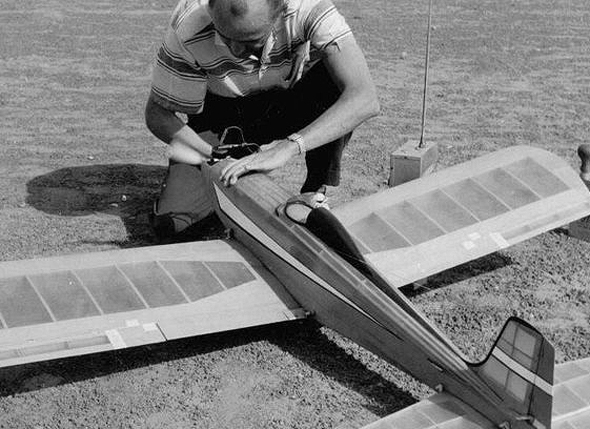 הרעיון החדשני: טיסן רדיו במקום מטוס ביון מוקטן