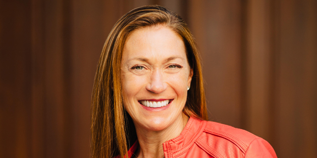 Gong names Kelly Breslin Wright as President and COO