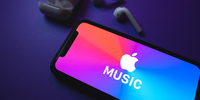 Apple (Music) and Honey: listeners get a glimpse into Israeli music this holiday season