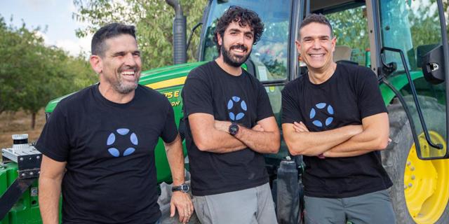Blue White Robotics raises $37 million in Series B for autonomous farming