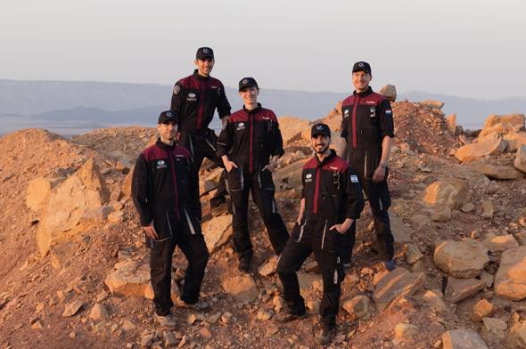 The six-person analog-astronaut crew. Photo: Florian Voggeneder/OeWF