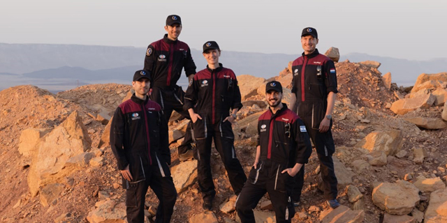 'Astronauts' begin Mars simulation in planetary dome in Negev