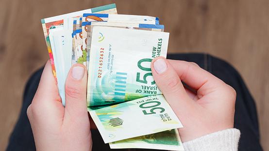 מחקר חדש בדק: מי יתרום יותר למיזמי מימון המונים, גברים או נשים?