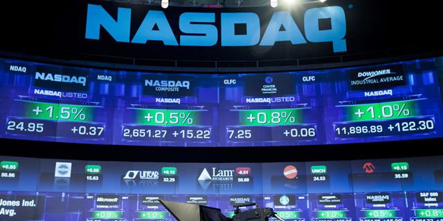 """נאסד""""ק ירד ב-1.9%; אפל איבדה 3.5%, אמזון ירדה ב-2.2%"""