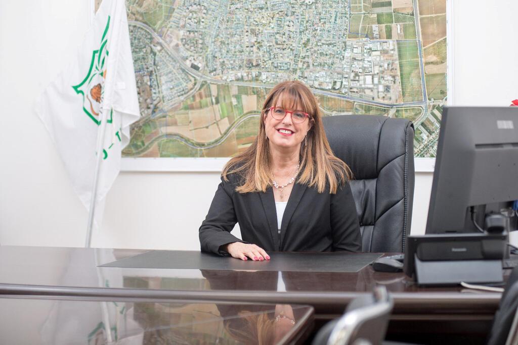 ראשת עיריית יהוד מונסון יעלה מקליס