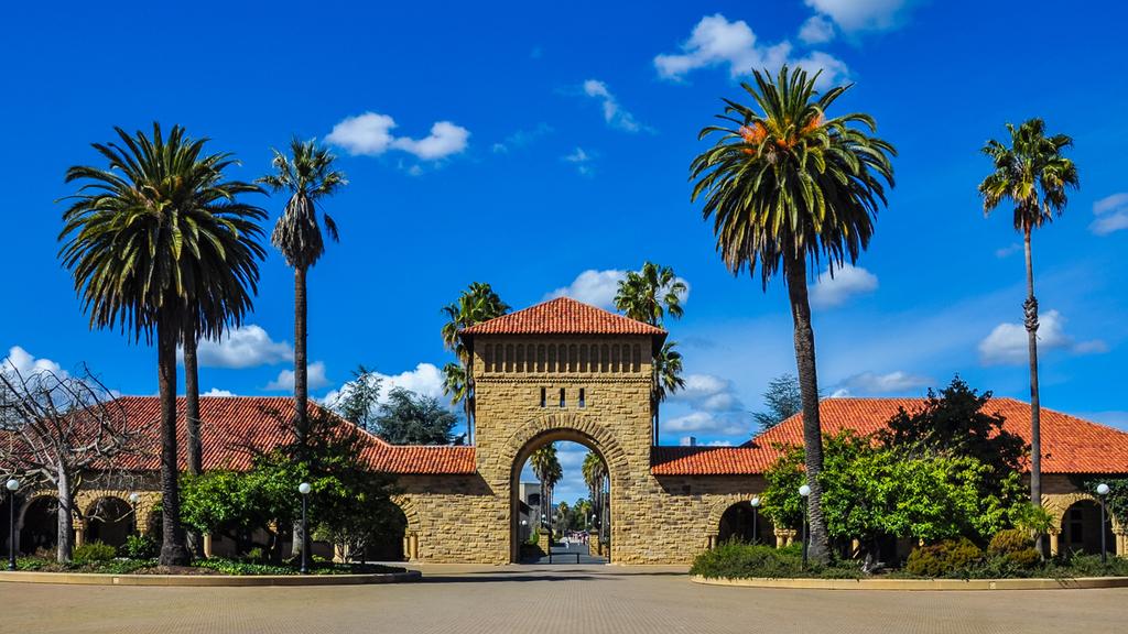 פוטו האוניברסיטאות היפות בעולם סטנפורד קליפורניה ארצות הברית