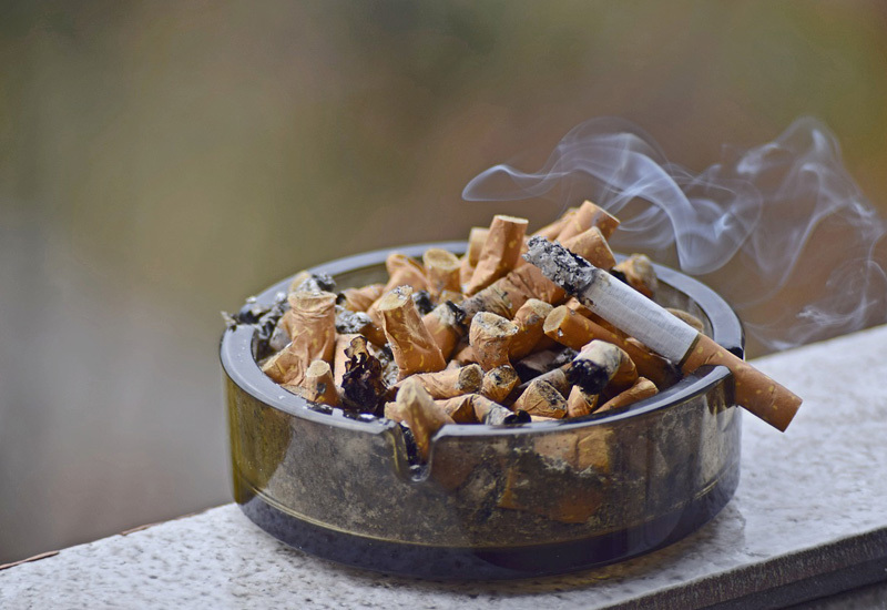 סיגריות מאפרה זירת הבריאות