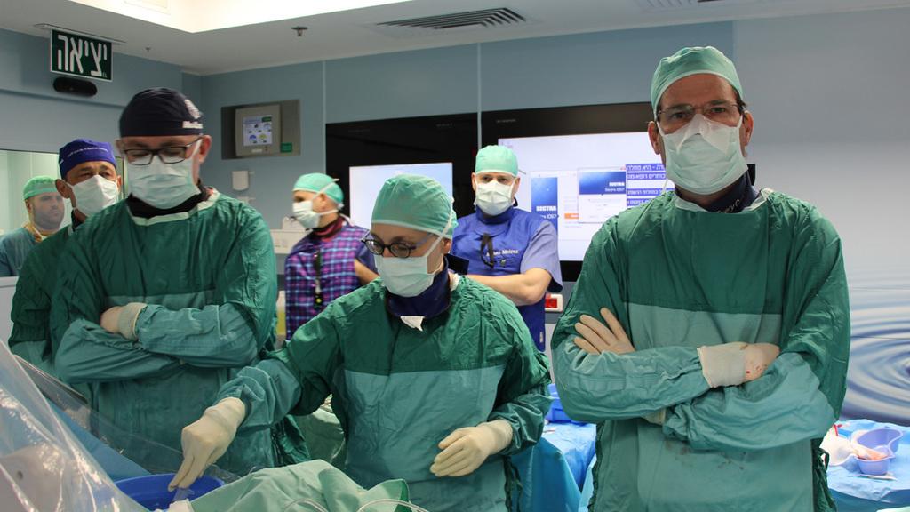 רופאים מדטרוניק