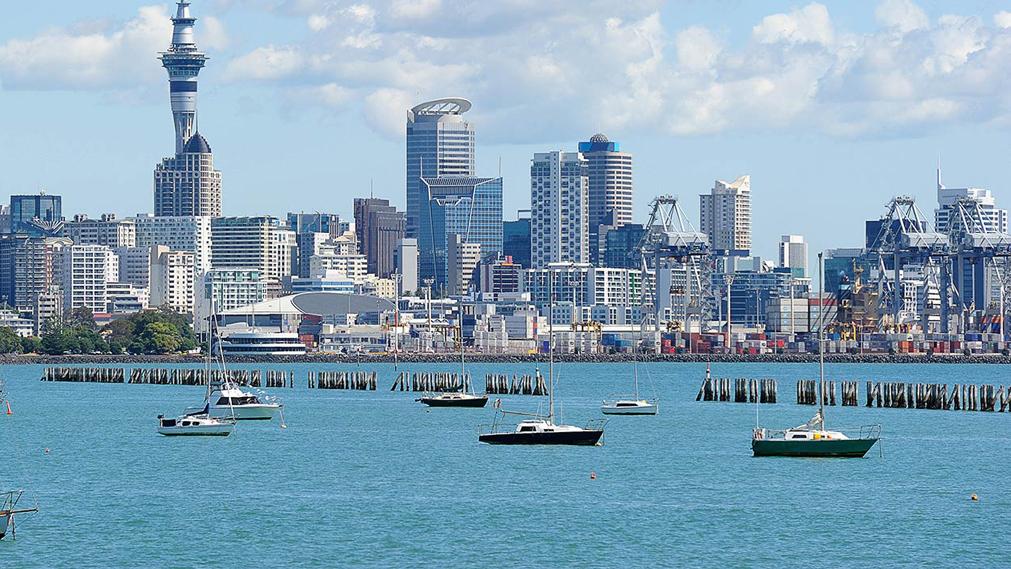 אוקלנד ניו זילנד איסור רכישת דירות על ידי זריפפ