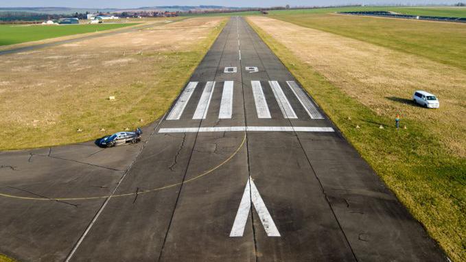 שדה תעופה נמל תעופה מסלול המראה הדמיה רמת דוד עמק יזרעאל
