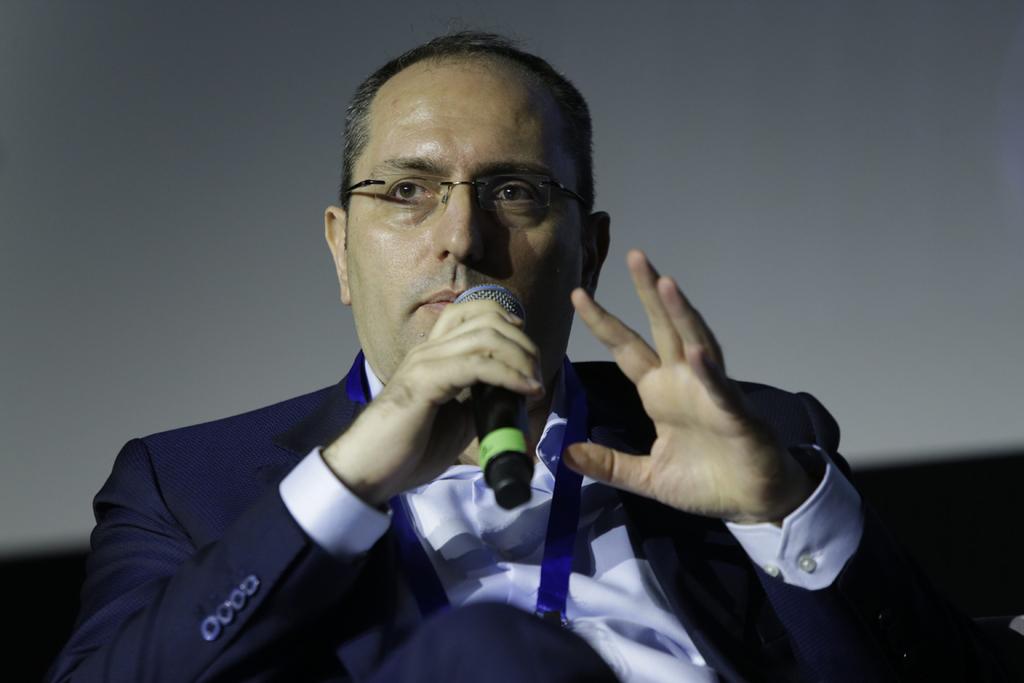 הוועידה הכלכלית הלאומית 2018 מוטי בן משה  בשיחה עם גולן חזני