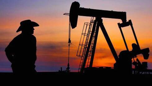 נעילה שלילית בבורסות ניו יורק; הנפט מעל 72 דולר - שיא של שנתיים וחצי