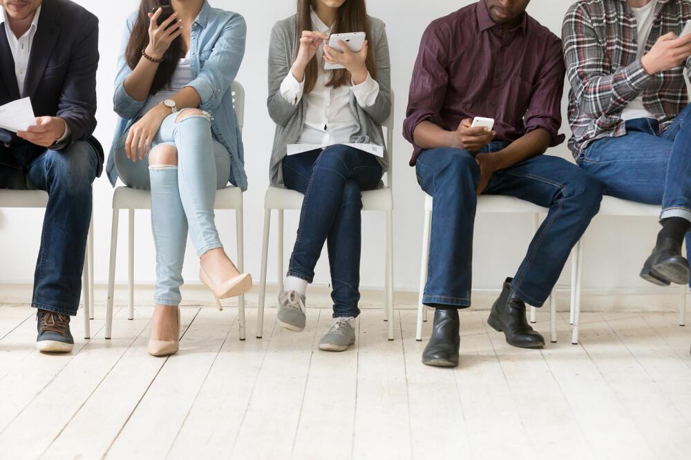ראיון עבודה צעירים דור ה-Z סמארטפון