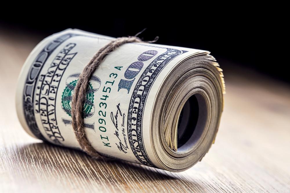 דולרים דולר כסף מגולגל