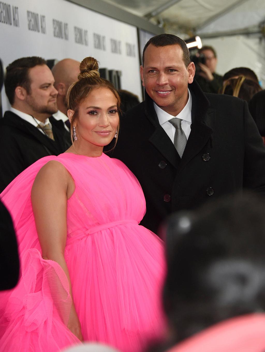 הזמרת והשחקנית ג'ניפר לופז ובעלה שחקן הבייסבול אלכס רודריגז
