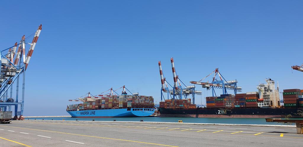 נמל חיפה אנייה מכולות יצוא יבוא Maersk