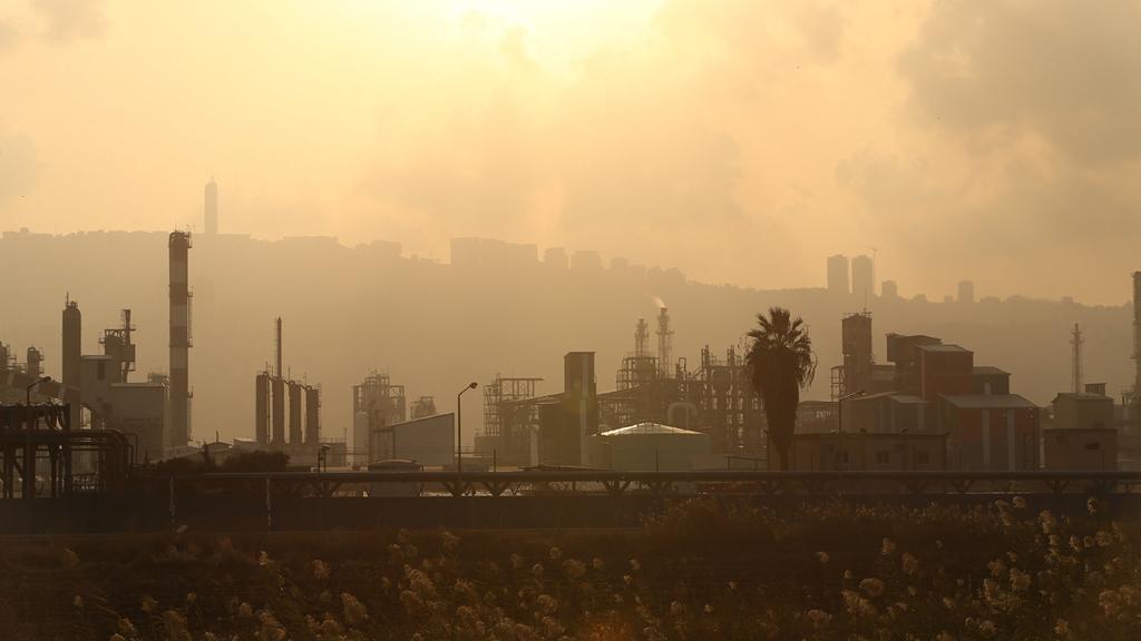 זיהום אוויר ב מפרץ חיפה
