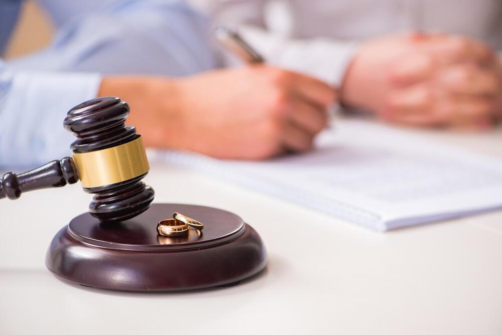 גירושים גירושין בגידה בית משפט
