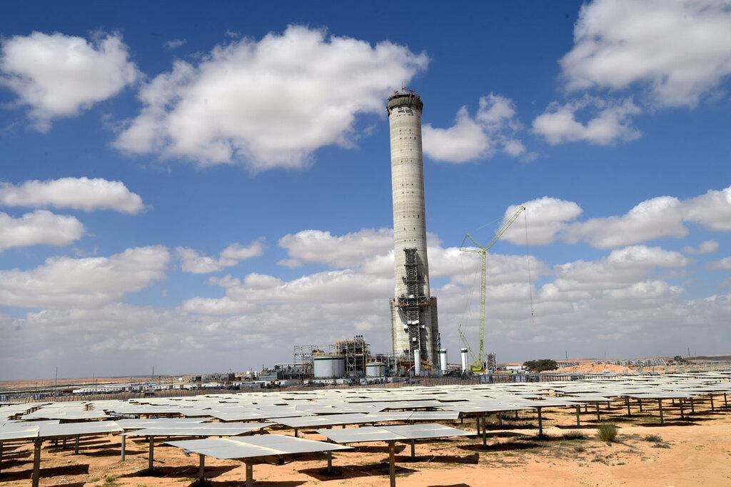 תחנה ל קליטת אנרגיה סולארית  סמוך ל אשלים ב נגב