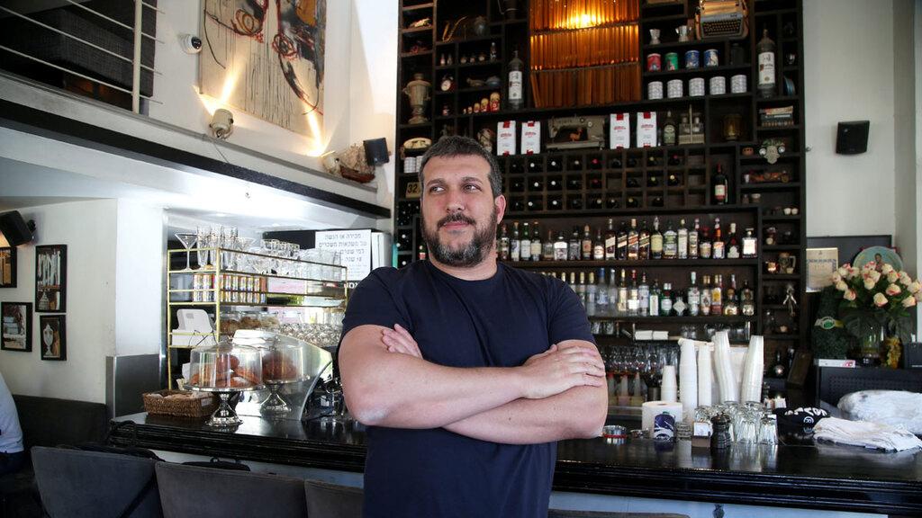 תומר מור מנהיג מאבק המסעדנים בבית קפה גרמיה