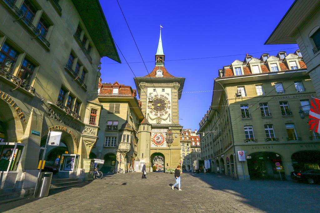 פוטו מגדלי שעון טוקיו ברן שווייץ Zytglogge