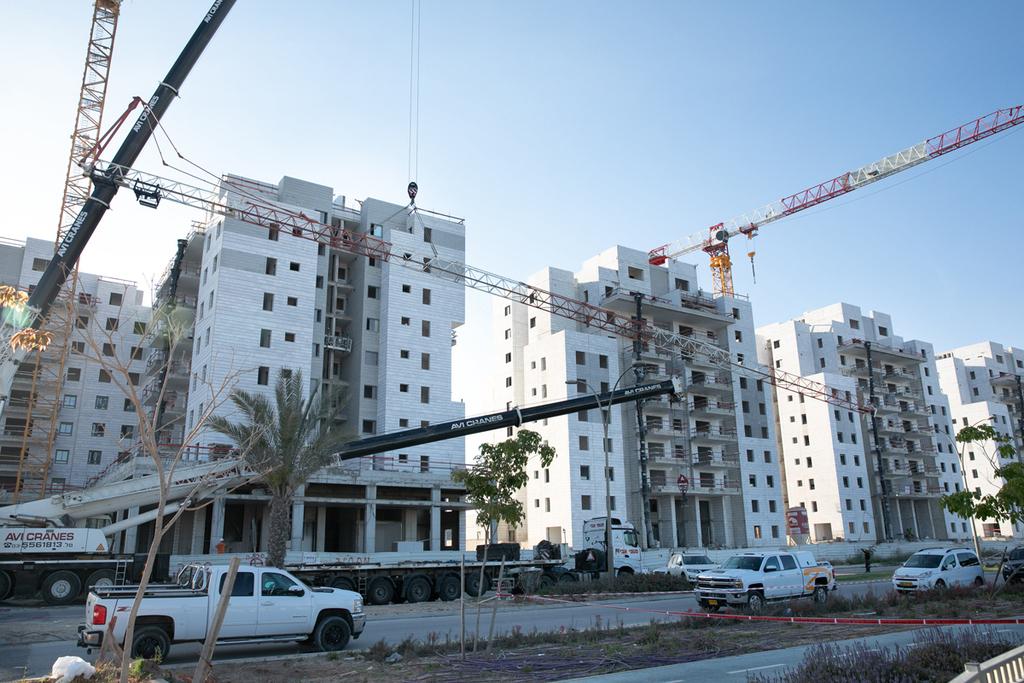 4 הרוגים ב תאונת עבודה באתר בנייה ב יבנה מנוף