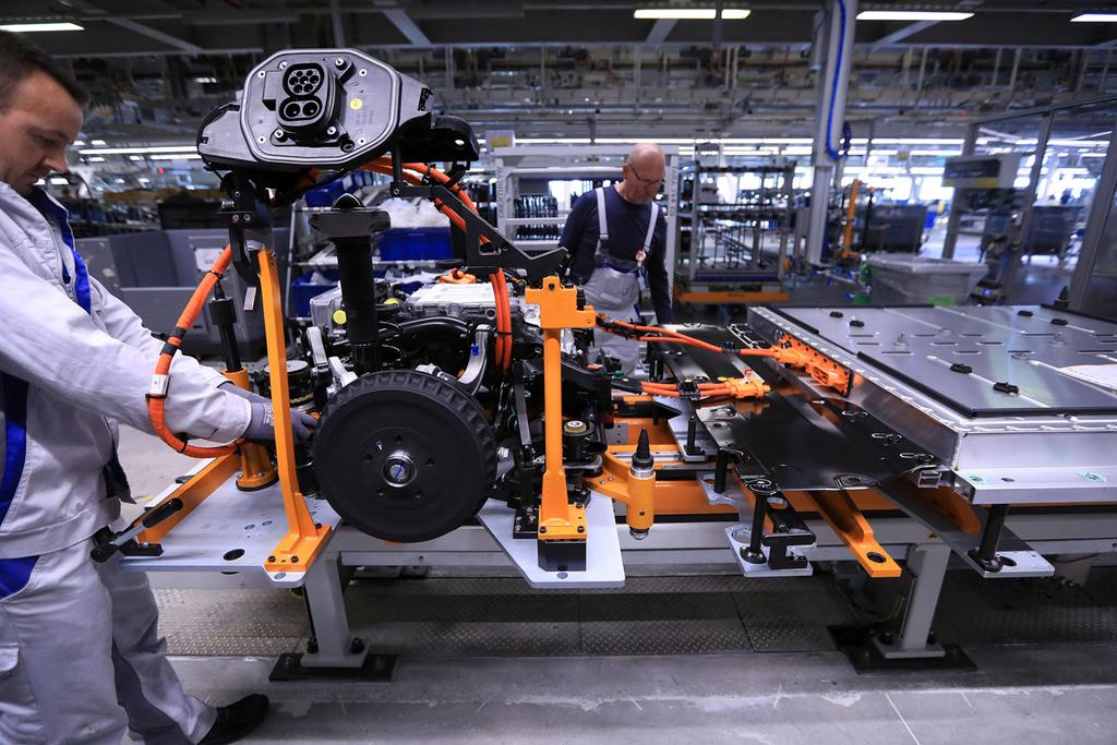 פס ייצור רכב חשמלי של חברת פולקסווגן