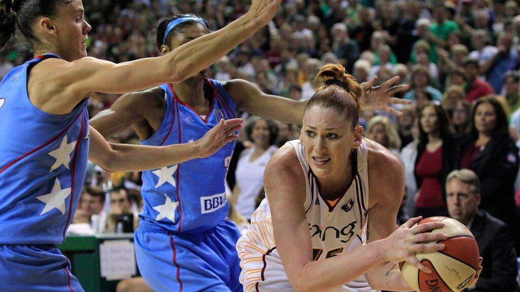 לורן ג'קסון WNBA בכדורסל של סיאטל סטורם