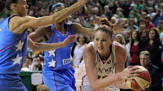 לורן ג'קסון WNBA בכדורסל של סיאטל סטורם, צילום: AP