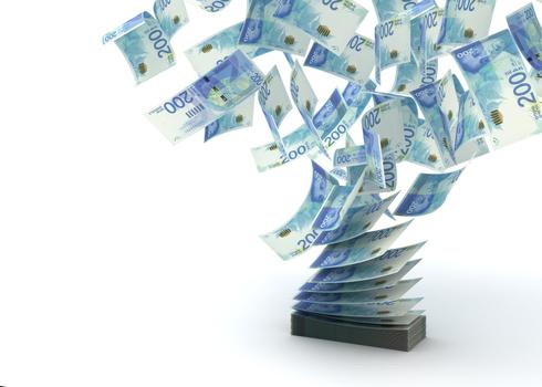 קרן ההשתלמות של הראל, שסגרה את טבלת התשואות באפריל, עלתה לראש במאי עם תשואה של 1.65%, צילום: שאטרסטוק