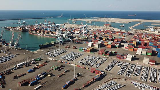 מיכאלי וליברמן עדיין לא חתמו - ורציף הגז של רגב בנמל אשדוד מתעכב