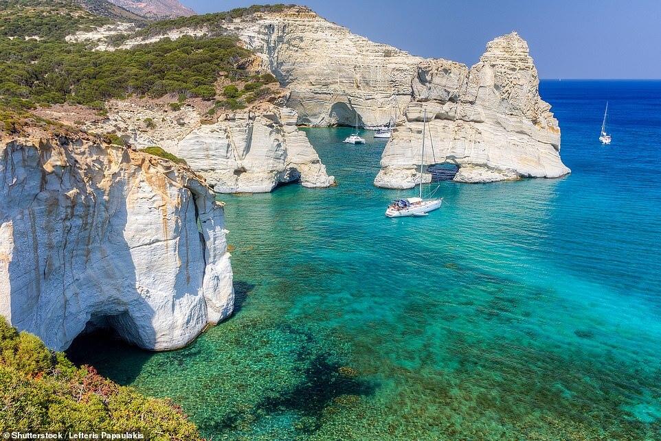מילוס יוון Kleftiko Beach, Milos החופים היפים 2020