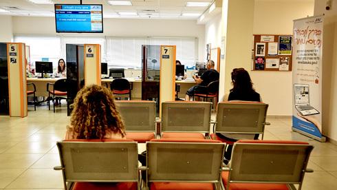 נבלמת מגמת השיפור באבטלה? מספר מקבלי השכר ירד ב-133 אלף