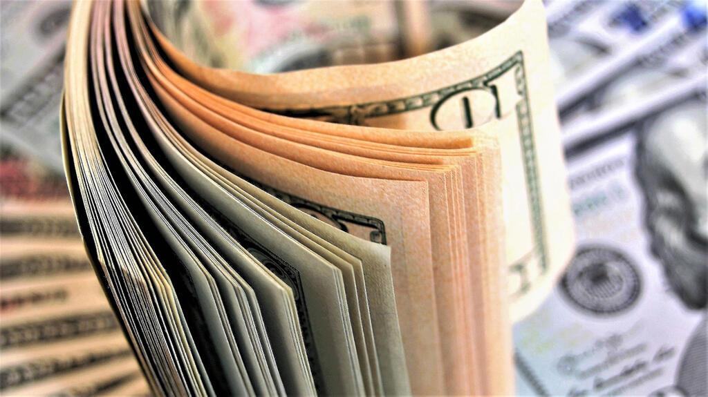 כסף שטרות מזומן דולרים