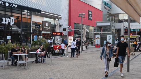 מתחם הקניות ביג פאשן באשדוד, צילום: אבי רוקח