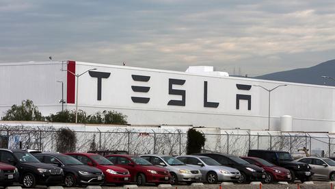 כנראה לא השנה: עיכוב בפיתוח המכונית האוטונומית של טסלה