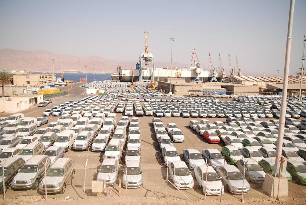 כלי רכב חדשים ב נמל אילת מכוניות מכונית
