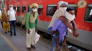 קרונות בהודו, צילום: איי פי