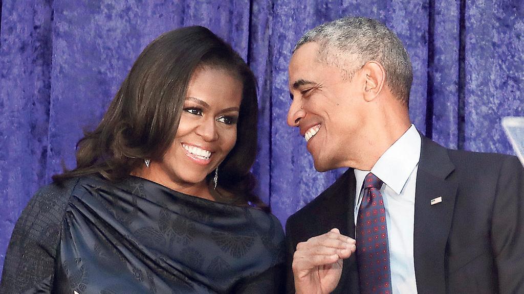 פנאי ברק אובמה ואשתו מישל אובמה