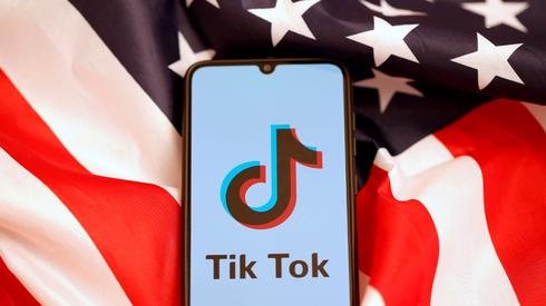 """ביידן מחליף את הצווים של טראמפ נגד טיקטוק: """"לבחון הסיכונים באפליקציות"""""""