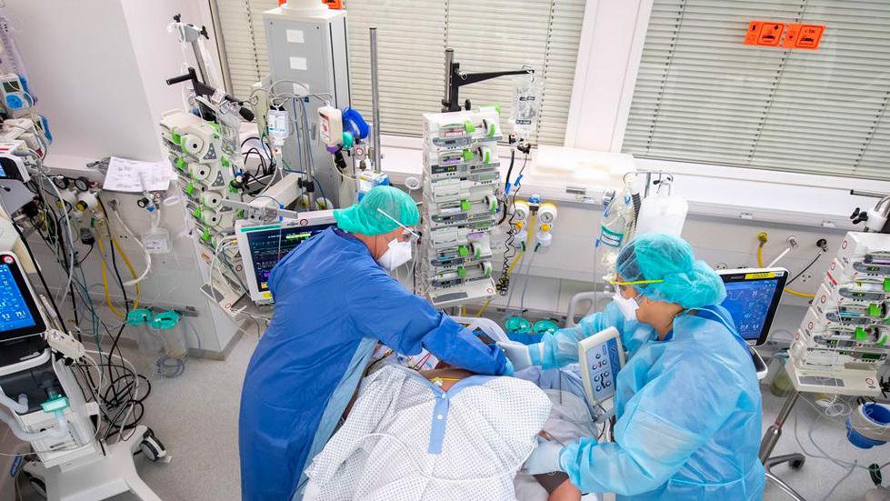 חולה קורונה אשפוז בית חולים רופאים ג'נבה ז'נווה שוויץ