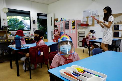 כיתת בית ספר בסינגפור ב-2 ביוני, צילום: רויטרס